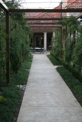 <h5>Trellises - Southlake</h5><p>Signature Pools & Spas - Custom Swimming Pools</p>