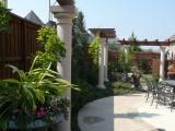 <h5>Trellises - Argyle</h5><p>Signature Pools & Spas - Custom Swimming Pools</p>